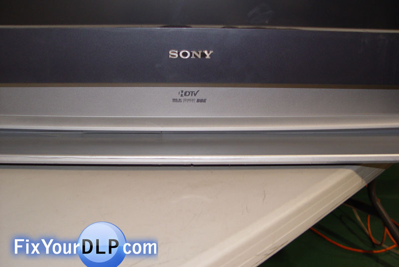 How to replace Sony XL-2200 lamp enclosure for your projection TV ...